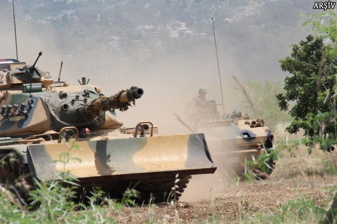 TSK: 3 asker hayatını kaybetti 5 asker yaralı