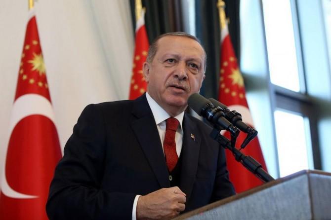 Serokomar Erdogan: Gavek berê helîkopterek me hat xistin