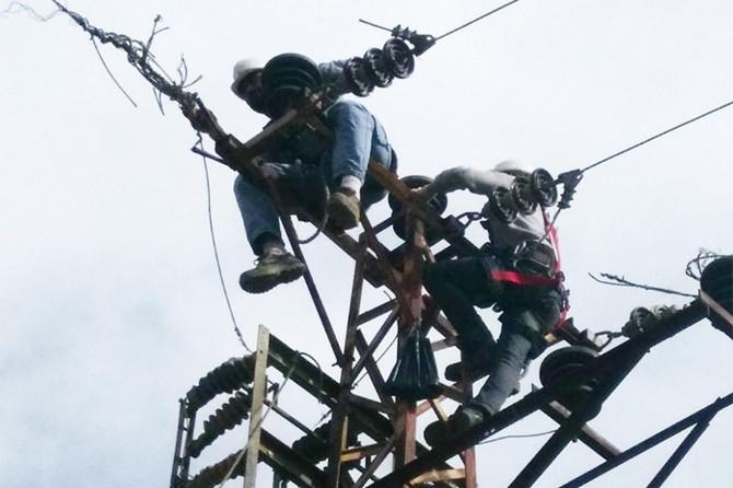 Borçlu çiftçilerin elektriği kesilmeye başlandı
