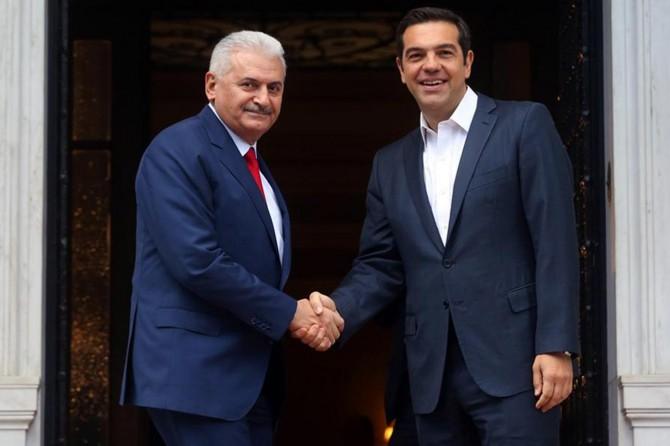 Başbakan Yıldırım Çipras'la telefonda görüştü