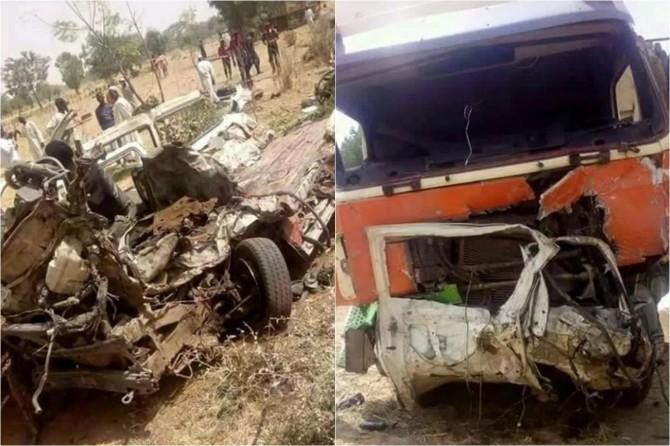 Nijerya'da öğrencileri taşıyan otobüs kaza yaptı: 28 ölü