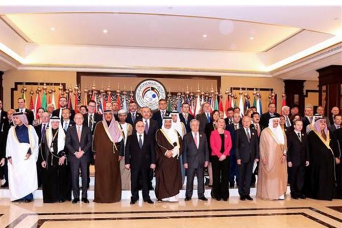Türkiye Irak'ın yeniden imarı için 5 milyar dolar kredi sağlayacak