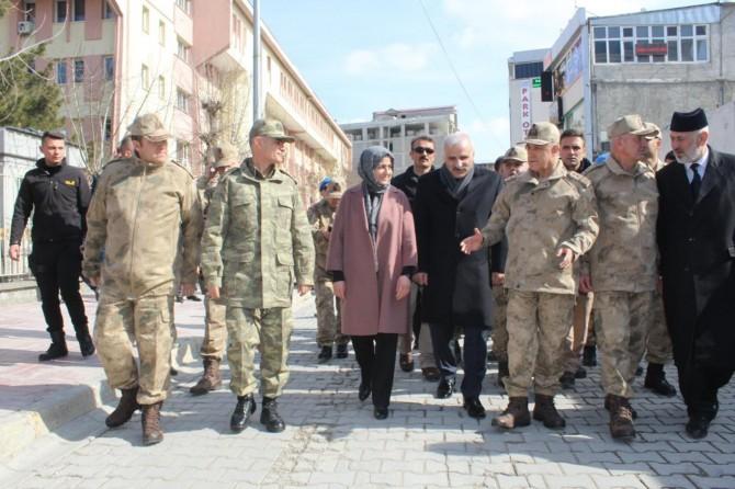 Jandarma Genel Komutanı Çetin Van'da