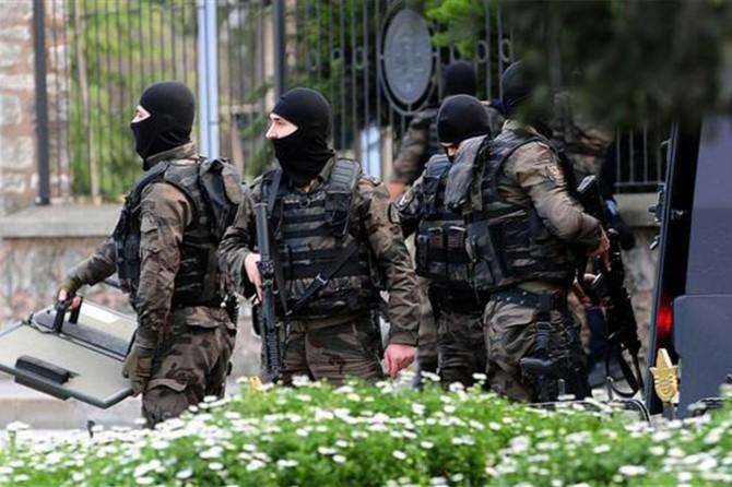Bazı illerde özel harekat müdürlükleri kaldırıldı