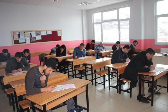 Karlıova'da Siyer Sınavı'na yoğun katılım
