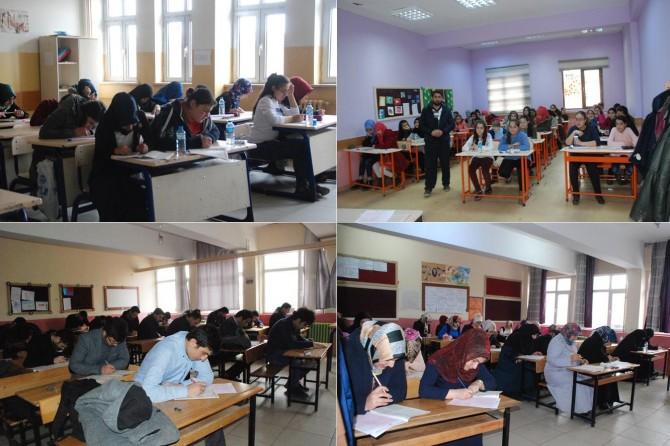 Ağrı'da Siyer Sınavı'na yoğun katılım