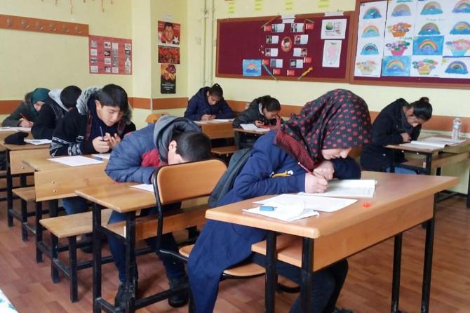 Çat'ta Siyer Sınavı'na yoğun ilgi