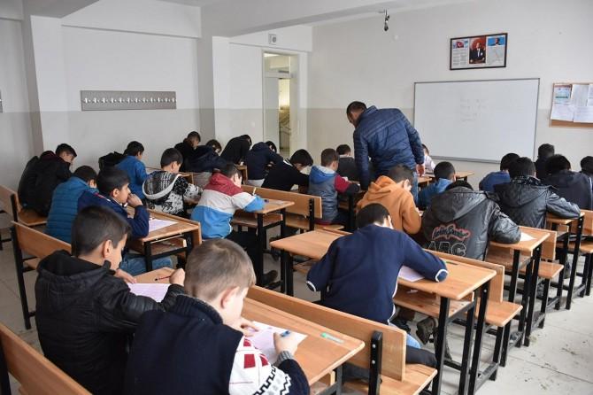 Şırnak'ta binlerce kişi Siyer Sınavı'na katıldı