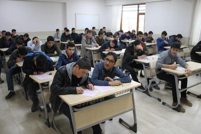 Muş'ta Siyer Sınavı'na katılım yarı yarıya arttı