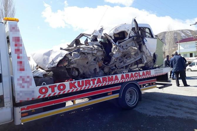 Muş'ta trafik kazası: 2 ölü 4 yaralı