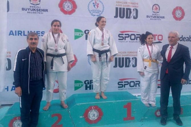 Görme engelli judo şampiyonasında 2'nci oldu