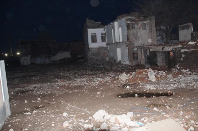 Diyarbakır'da sokağa çıkma yasağı olan bölgede patlama