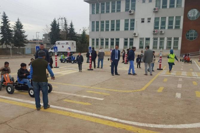 Nusaybin'de çocuk trafik eğitim parkı yapıldı
