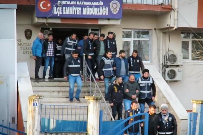 Siirt'te Bahis Operasyonunda: 11 gözaltı
