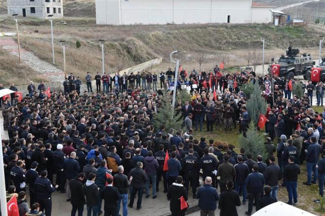 Batman'da Özel Harekat Polisleri Afrin'e doğru yola çıktı