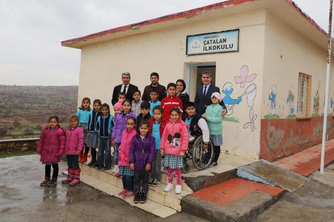 Mardin kırsalındaki okullara ziyaret
