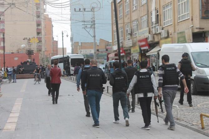 Çeşitli suçlardan aranan 26 kişi yakalandı