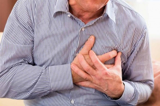 """""""Kalp krizi belirtileri başladığı anda yere oturup dinlenin"""""""