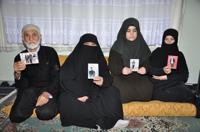 28 Şubat ve FETÖ mağduru aileler seslerinin duyulmasını istiyor