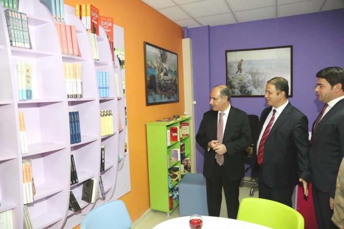 Şırnak'ta 'Z Kütüphane' açılışı yapıldı