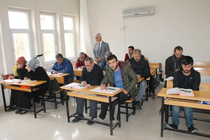 """""""Kızıltepe'de okuma yazma bilmeyen kimse kalmasın"""""""