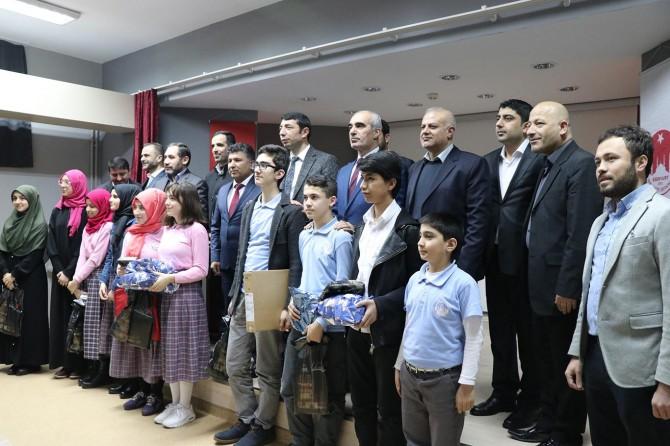 Kur'an Nesli Platformu meal sınavı ödülleri verildi