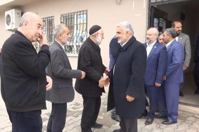 HÜDA PAR Genel Başkanı Yapıcıoğlu'ndan Taş ailesine taziye ziyareti