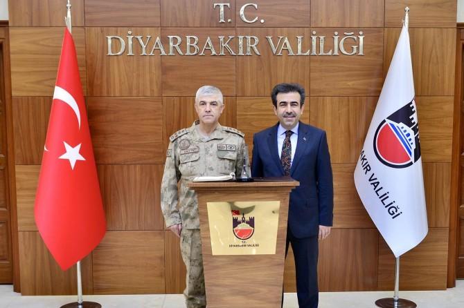 Jandarma Genel Komutanı Çetin Diyarbakır'da