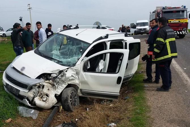 Kızıltepe-Ceylanpınar Karayolu'nda kaza: Bir ölü 7 yaralı