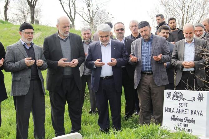 Yapıcıoğlu, şehadet yıldönümlerinde Bubya şehitlerini ziyaret etti