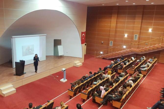 """Mardin'de """"Davranış Kuralları Eğitimi"""" konferansı"""