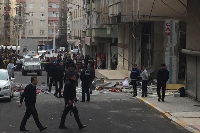 Diyarbakır'daki patlamada 1 kişi hayatını kaybetti