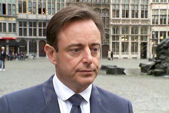 Belçika'da aşırı sağcı N-VA lideri: İslam'a ilişkin her şey kabul edilmemeli