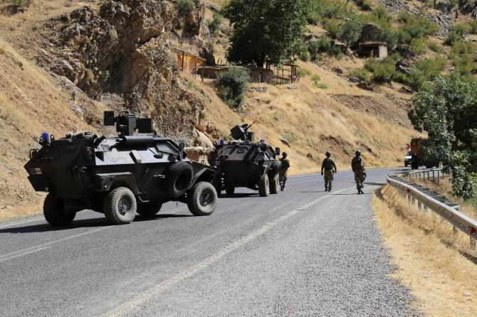 """Hakkari'de bazı bölgeler """"Özel Güvenlik Bölgesi"""" ilan edildi"""