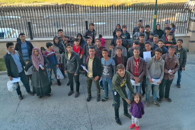 Muş'ta Afgan uyruklu 52 kişi yakalandı