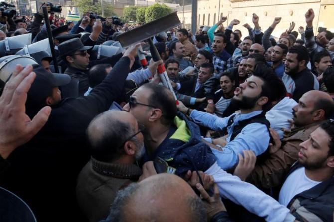 Mısır'da 36 idam kararı müftüye gönderildi
