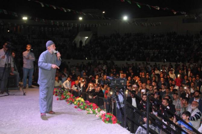"""Adana'da """"Hazreti Peygamber'i Anlama ve Sünnetini Yaşama"""" etkinliği"""