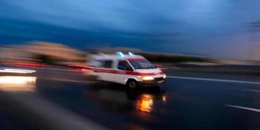 Turistleri taşıyan minibüs kaza yaptı: 16 yaralı