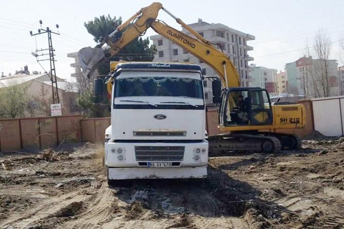 Büyükşehir Belediyesi hafriyat kamyonlarını 7/24 izleyecek