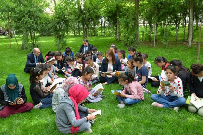 'Okuryazarlık Seferberliği' kursunda inceleme