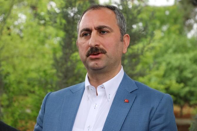 Adalet Bakanı Gül'den Yunanistan'a tepki