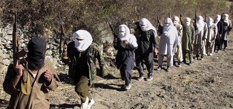Taliban kamplarına saldırı: 13 ölü