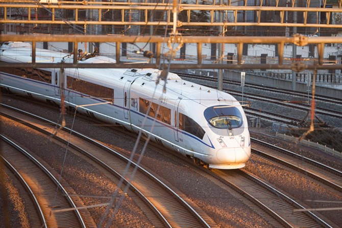 Hızlı trenlerde yapay zeka kullanımı testleri başladı