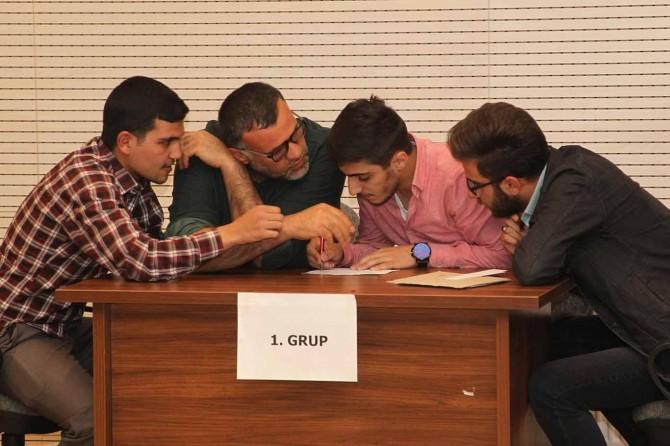 Üniversiteliler Arapça yarışmasında ter döktü