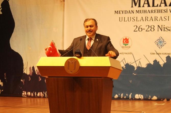 Bakan Eroğlu: Dünyanın en büyük barajlarını yapıyoruz