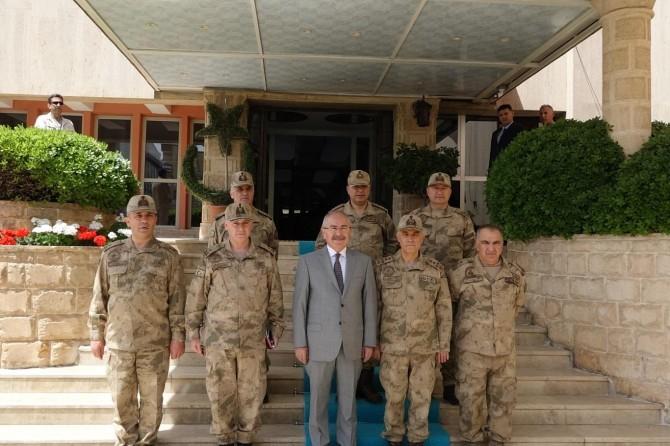 Jandarma Genel Komutanı Arif Çetin Mardin'de