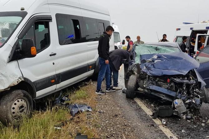 Hani'de belediye eski başkan adayı Ahmet Tarhan trafik kazasında hayatını kaybetti