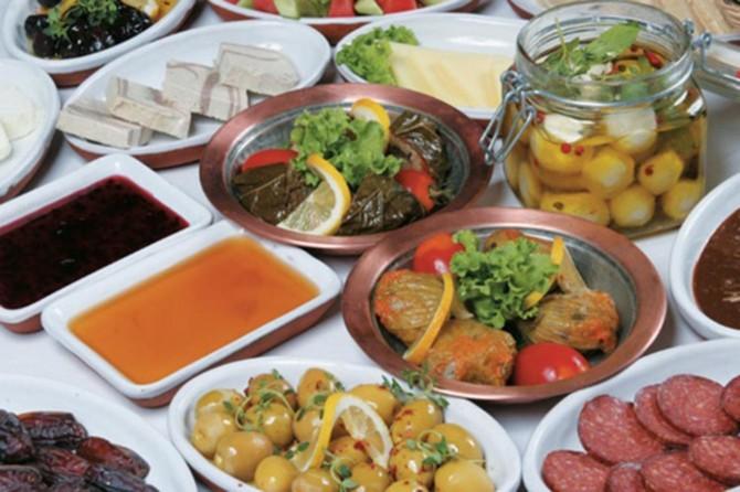 Ramazan'da dengeli beslenme uyarısı