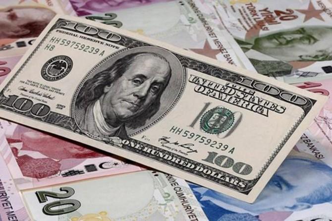 Dolar ve euro tarihi zirvesini yeniledi