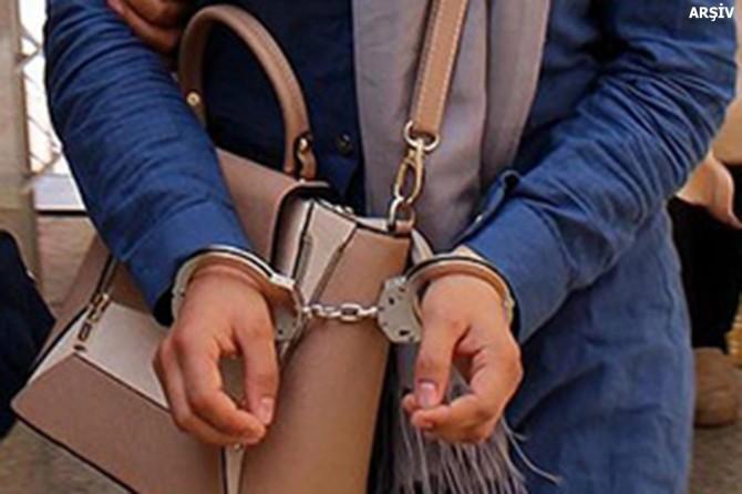 """FETÖ'nün Mardin """"il ablası"""" yakalandı"""
